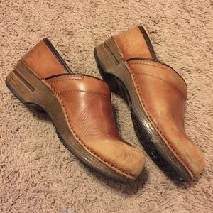Dansko XP Brown Leather Professional Clogs 39